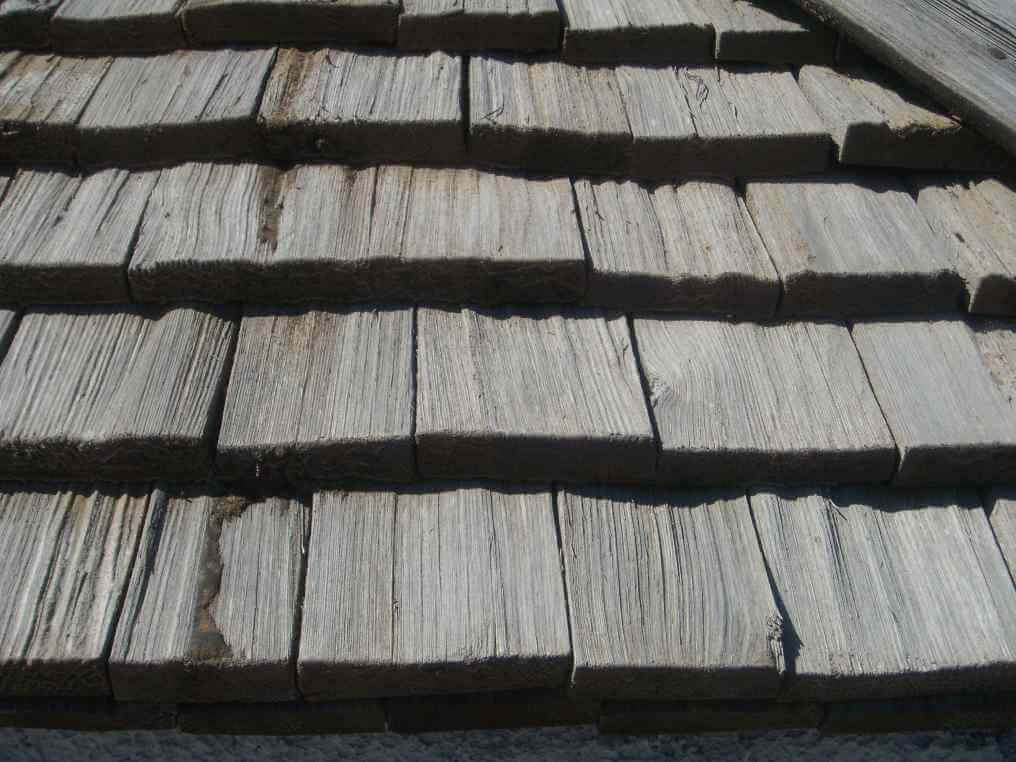 Shake tile roofing